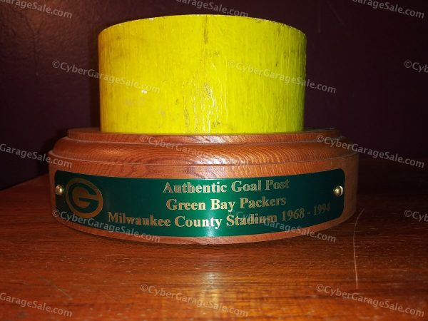 Authentic Goal Post, Green Bay Packers, Milwaukee County Stadium 1968 - 1994