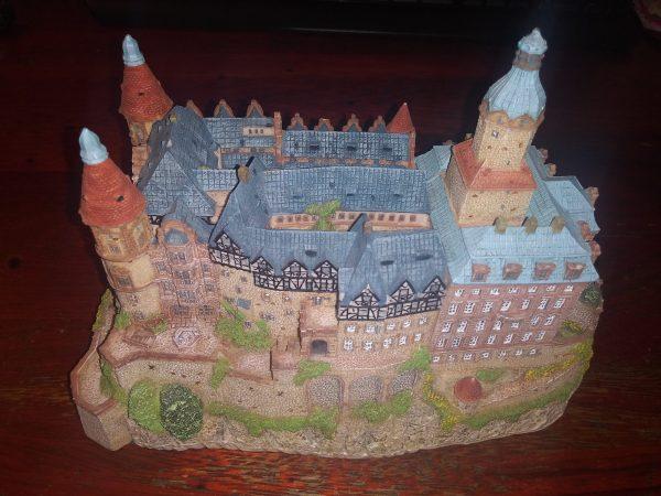 The Danbury Mint - Enchanted Castles of Europe - Ksiaz Castle Poland- MBI - 1994