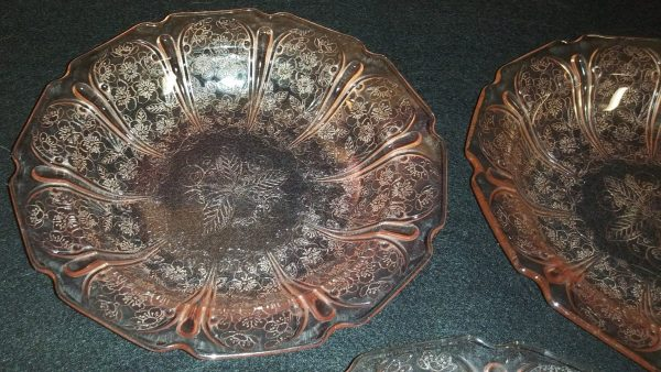 """1930's Jeanette Pink Depress Glass """"Wild Cherry"""" pattern Rimmed Bowls"""